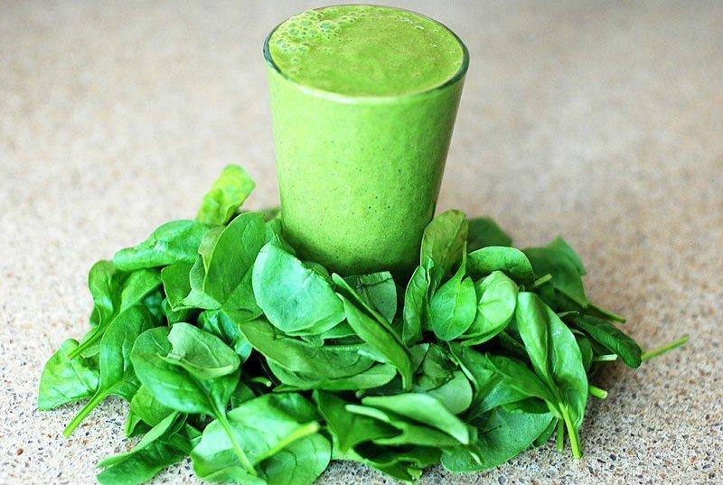 grüne-smoothies-chlorophyll-roh-vegan-