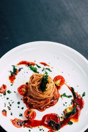 Spaghetti mit Pesto Rosso - Glutenfrei, Roh & Vegan