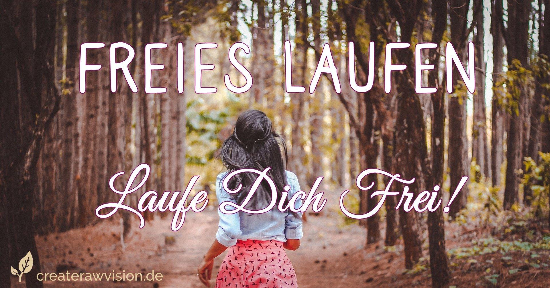 Frau beim freiem laufen im Wald