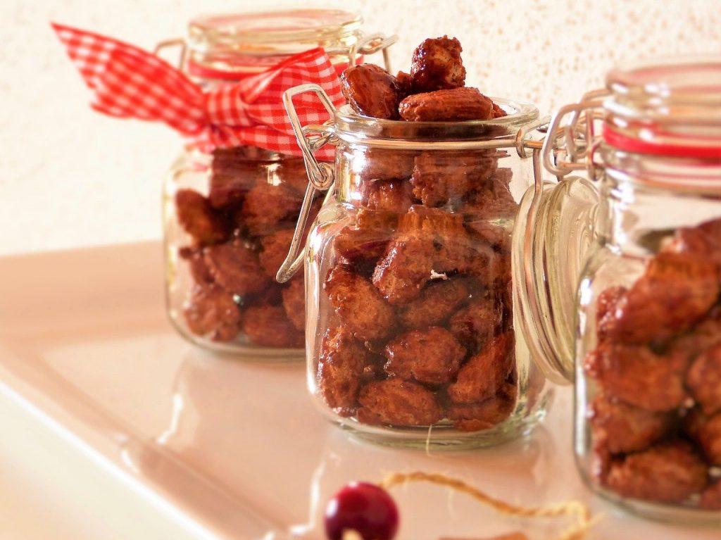 almonds-1792275_1280