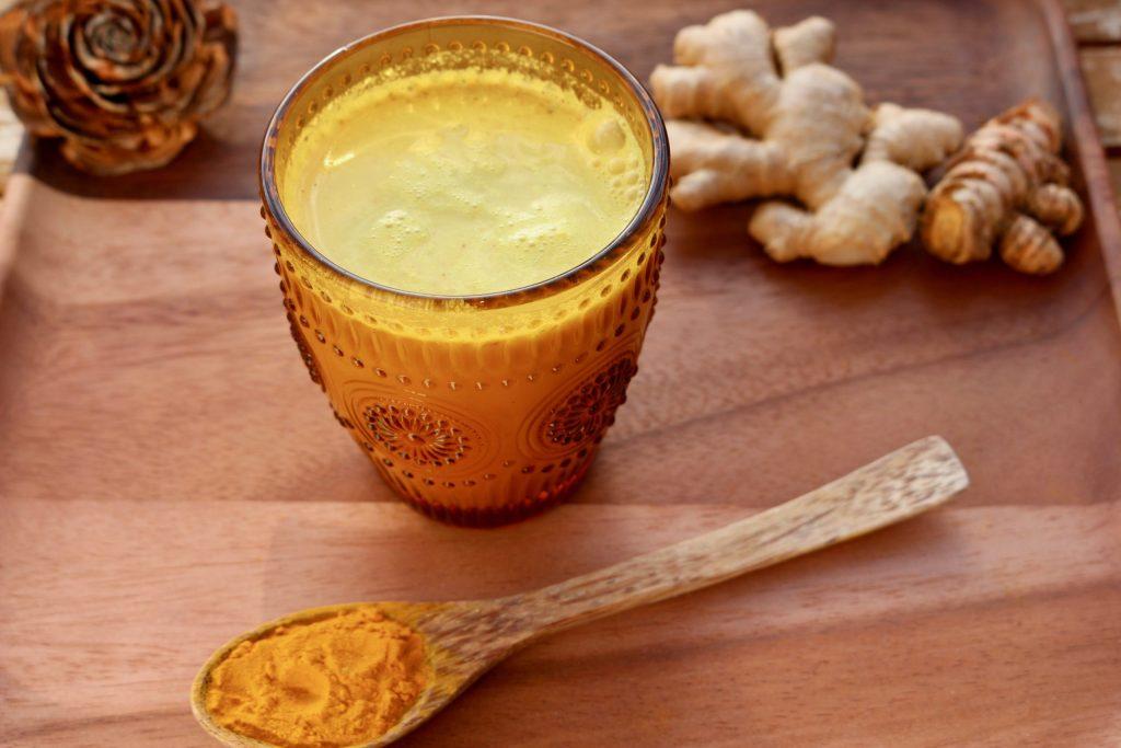 Goldene Milch 1 (1)
